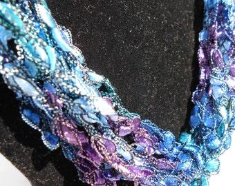 Trellis Necklace / Crochet Necklace Item No. 94