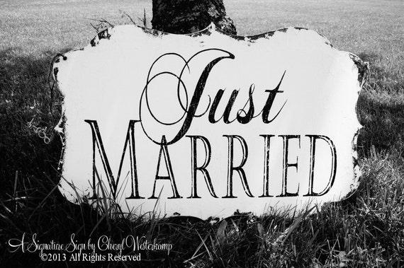 Just married sign vintage wedding decor by myprimitiveboutique for Just married dekoration