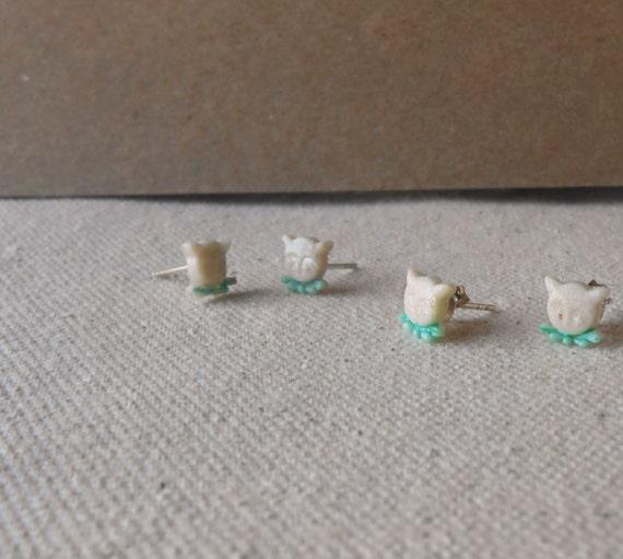 reduced - kitty cat face kitten post earrings vintage celluloid on sterlin silver ear hooks -- cute kawaii lolita handmade