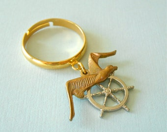 SALE/Seagull Nautical Charm Ring, Beach Jewelry, Seaside Jewelry, Vintage Brass Charm Ring