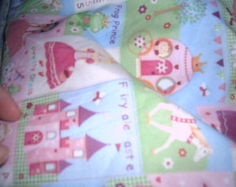 MadieBs Princess Castle  Cotton Fabric Fitted Crib or Toddler Bed Sheet