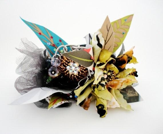 Exquisite  Statement Flower Bangle
