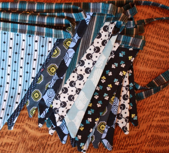 Men's Fabrics Bunting By The Yard. Wedding Decor, Photo Prop, Party Decoration, Pennant Flags. You Choose the Length.