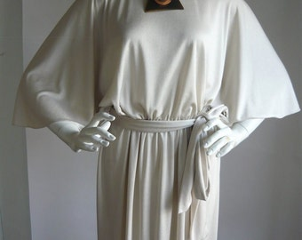 Vintage MISS ELLIETTE Maxi Dress Medium 8 10 12  Goddess Cape Sleeves Dove Grey 1970s