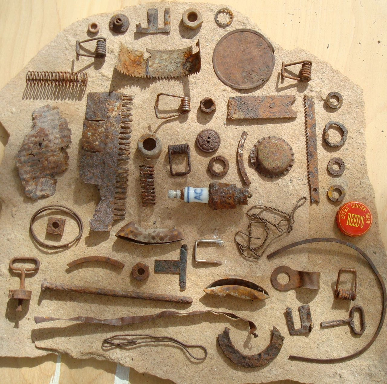 Rusty Metal Bits & Pieces Found Objects Supplies for