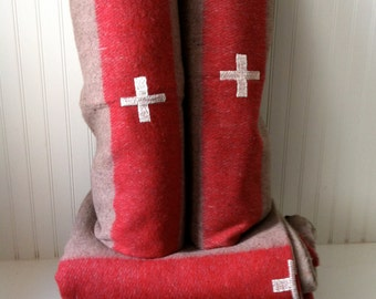 Four 4 four- authentic Swiss Army wool blankets