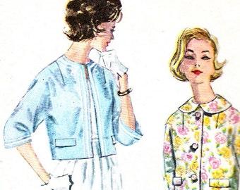 Womens Kimono Sleeve Reversible Jacket Peter Pan Collar Womens 1960s Vintage Sewing Pattern Simplicity 3318 Bust 32