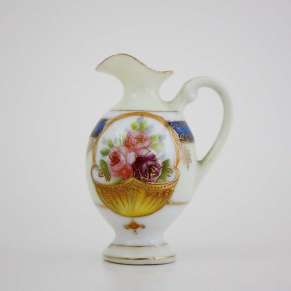 Small Decorative Porcelain Vase Made In Occupied Japan