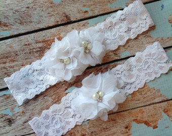 WHITE CHIFFON  wedding garter set / bridal  garter/  lace garter / toss garter included /  wedding garter / vintage inspired lace garter