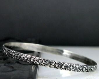 Flower Bangle Bracelet - Sterling Silver Ornate Floral Pattern Bangle