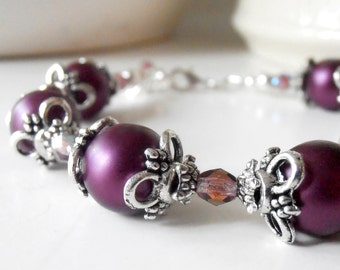 Plum Pearl Bracelet in Silver Bridesmaid Jewelry Antiqued Wedding Jewelry Beaded Bracelet Bridesmaid Gift