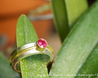 1 Stone Wrap Ring,Lrg. 14K 5mm (Ruby)
