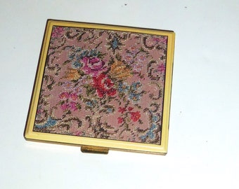 Vintage Compact Austria Petit Point Rose Pink Red Flower Tapestry Embroidery Gold tone Metal Purse Mirror