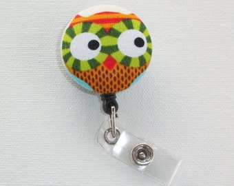 Retractable Reel ID Badge Holder  - Fabric Button - Owl with lime green eyes