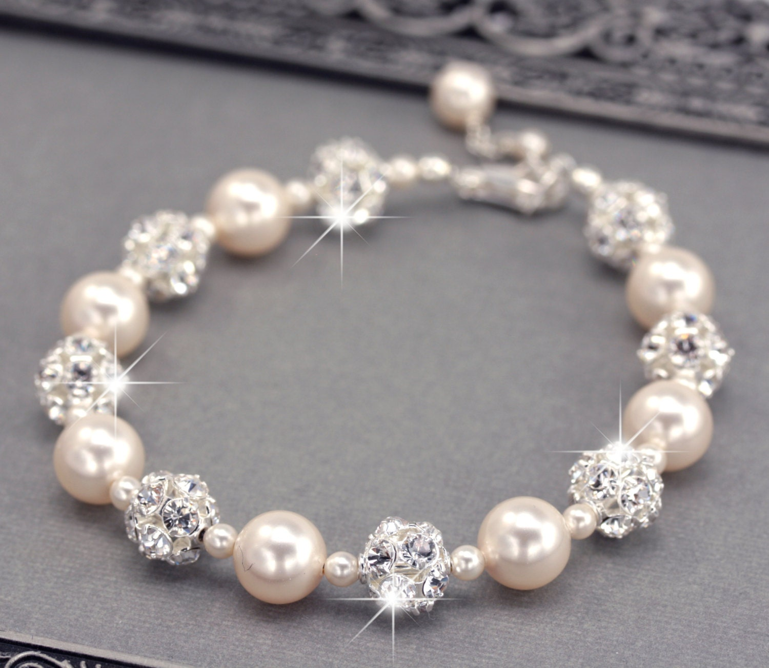 ivory pearl wedding bracelet swarovski pearl and rhinestone. Black Bedroom Furniture Sets. Home Design Ideas