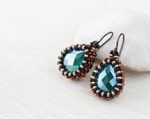 Emerald green earrings with green teardrop glass bead in copper brown beadwoven bezel, seed bead jewelry, Green beaded earrings