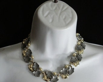 Rhodium Vintage 40s Leaf Necklace and Clip On Earrrings Pearls Rinestones OS