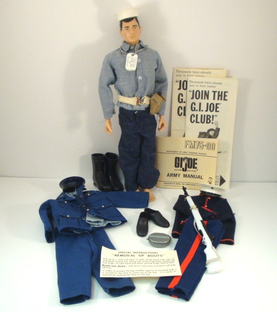 Vintage 1964 Gi Joe Doll With Manual And Additional Clothes