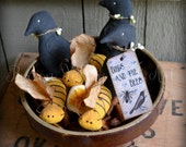 Birds and Bees Bowl Fillers Six Primitive Summer Stash Abouts Three Crows Three Bees Rustic Soft Sculpture Decorations - PaxtonValleyFolkArt