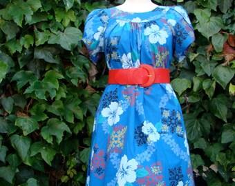 Vintage 70s / Hawaiian / Tulip Sleeve / Lounge Dress / SMALL