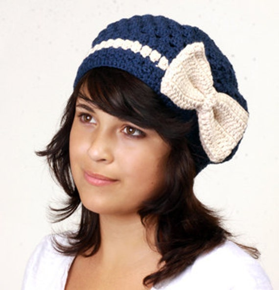 Crochet Hat Pattern With Bow : Crochet Hat Pattern for Bow Beret by MomohanaKobo on Etsy