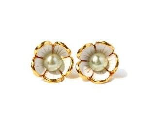 Vintage White and Gold Flower Earrings - Sea Foam Green Pearl - Spring Earrings - Wedding Earrings - Bridesmaid Jewelry