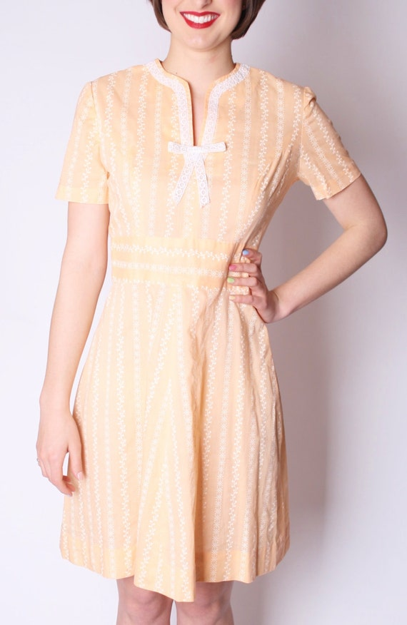 Short Pastel Peach Apricot 1950s Babydoll Dress 50s Dresses