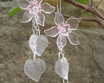 Pink & White Daffodil Earrings, long flower statement earrings in light pink and frosted white, pastel spring floral jewelry