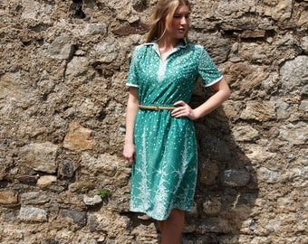 Vervine, French Vintage, 1970s Kelly Green Midi Dress from Paris
