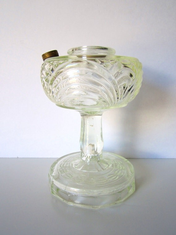aladdin washington drape clear glass oil lamp base. Black Bedroom Furniture Sets. Home Design Ideas