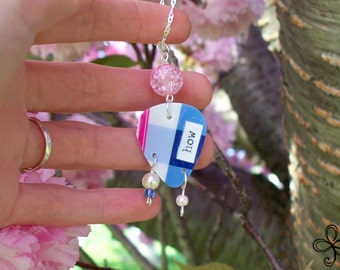 Bath and Body Works Pick Necklace (How)