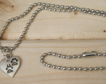 Pet lover necklace - FREE chain! Paws and heart