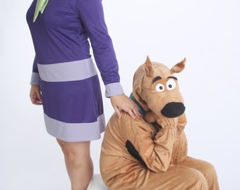 Daphne Blake Costume, Ladies Custom Costumes, Scooby Doo Costumes, Family Costume Ideas, Daphne Dress, Cosplay Costume