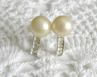 Vintage Pearl and Rectangle Rhinestone Earrings - Silver Tone Screw Back