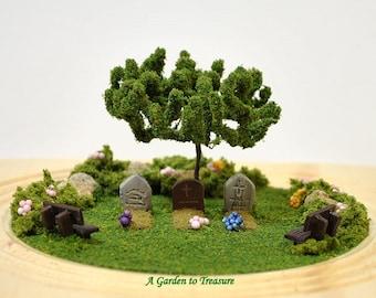 Fallen Heroes - Memorial Garden Military Memorial 4 inch Mini Garden Dry Terrarium Diorama Handmade by A Garden to Treasure