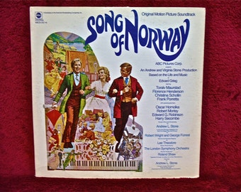 SONG of NORWAY - Original Motion Picture Soundtrack - 1960s   Vintage Vinyl Record Album