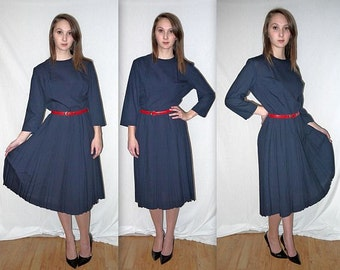 Judy Sue ... Vintage 50s 60s navy day dress / 1950s full pleated skirt / 1960s mad men secretary / housewife Betty   ... M L
