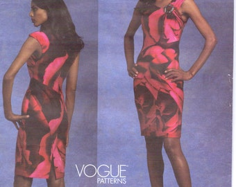 Tracy Reese Womens Fitted Lined Dress OOP Vogue Sewing Pattern V1118 Size 6 8 10 12 Bust 30 1/2 to 34 UnCut Vogue American Designer