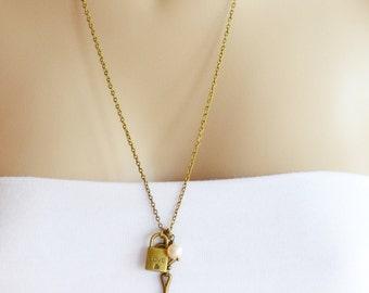 Skeleton Key Necklace,Lock and Key Necklace,Long Necklace,Vintage Inspired,Key Padlock Charm Necklace,Swarovski Pearl Necklace,Love Love an