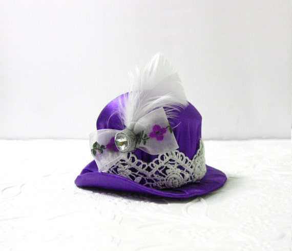 RESERVED - Violet Purple and Snow White Vintage Lace Fancy Ladys Hat w Feathers