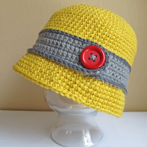 CROCHET PATTERN - Uptown Girl - a cloche hat with button in 8 sizes (Infant - Adult L) - Instant PDF Download
