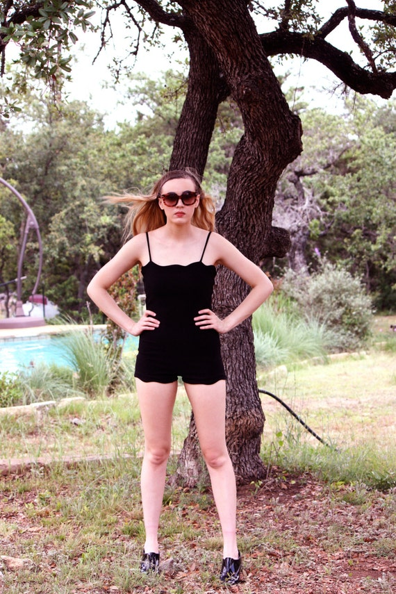 Vintage Scalloped One-piece Swimsuit