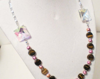 Pearl and Wood Necklace
