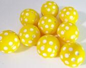8 Vintage 14mm Golden Yellow Lucite Polka Dot Beads Bd689
