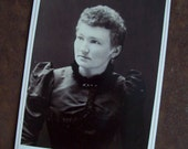 Antique Victorian cabinet card A B Rugg Minneapolis Minnesota photographer free shipping to USA