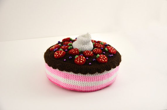 Strawberry Chocolate Cake - Toy Food - Kawaii - Play Kitchen - Cupcakes Cupcake Decoration - CROCHET PATTERN No.84