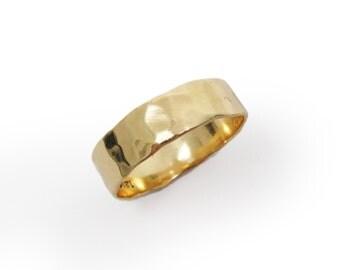 18K gold hammered wedding band.   gold wedding band for men women, yellow gold,(gr-9321-297).