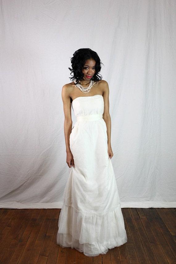 SAMPLE SALE: Wedding dress with Fair Trade silk and European silk tulle