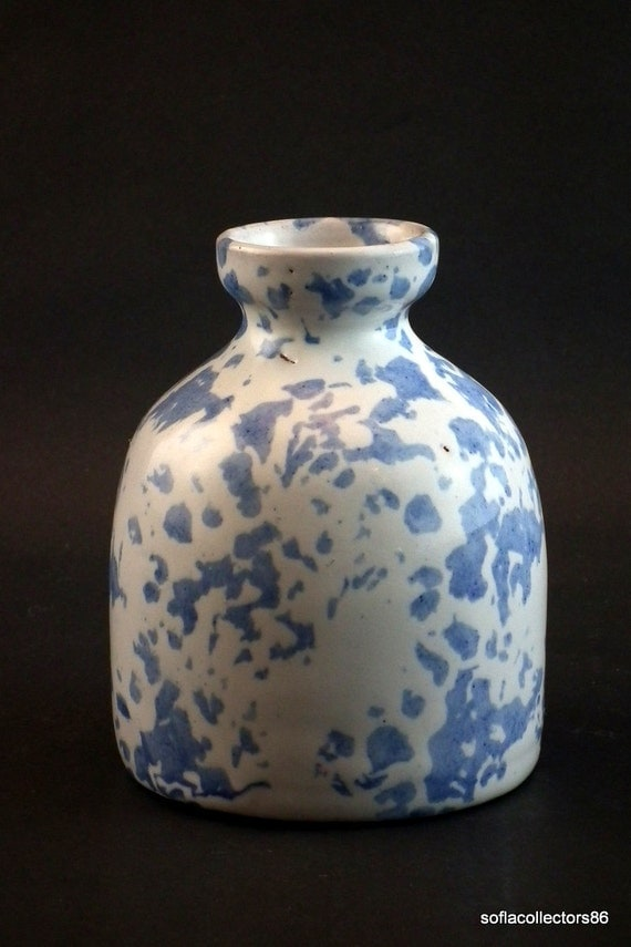 "Bybee Pottery Blue Speckled ""Bee Hive"" Vase"