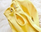 Vintage 1960s Yellow Driving Gloves - Rhinestone Button